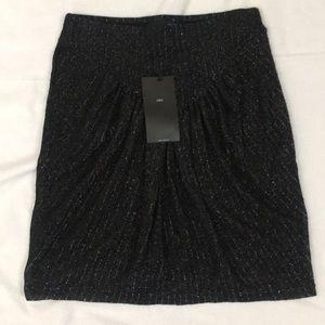 "Zara - Size M - black silver skirt - length: 18"""